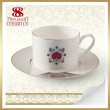 Tasse de café turque en céramique créative en gros, tasse avec la soucoupe