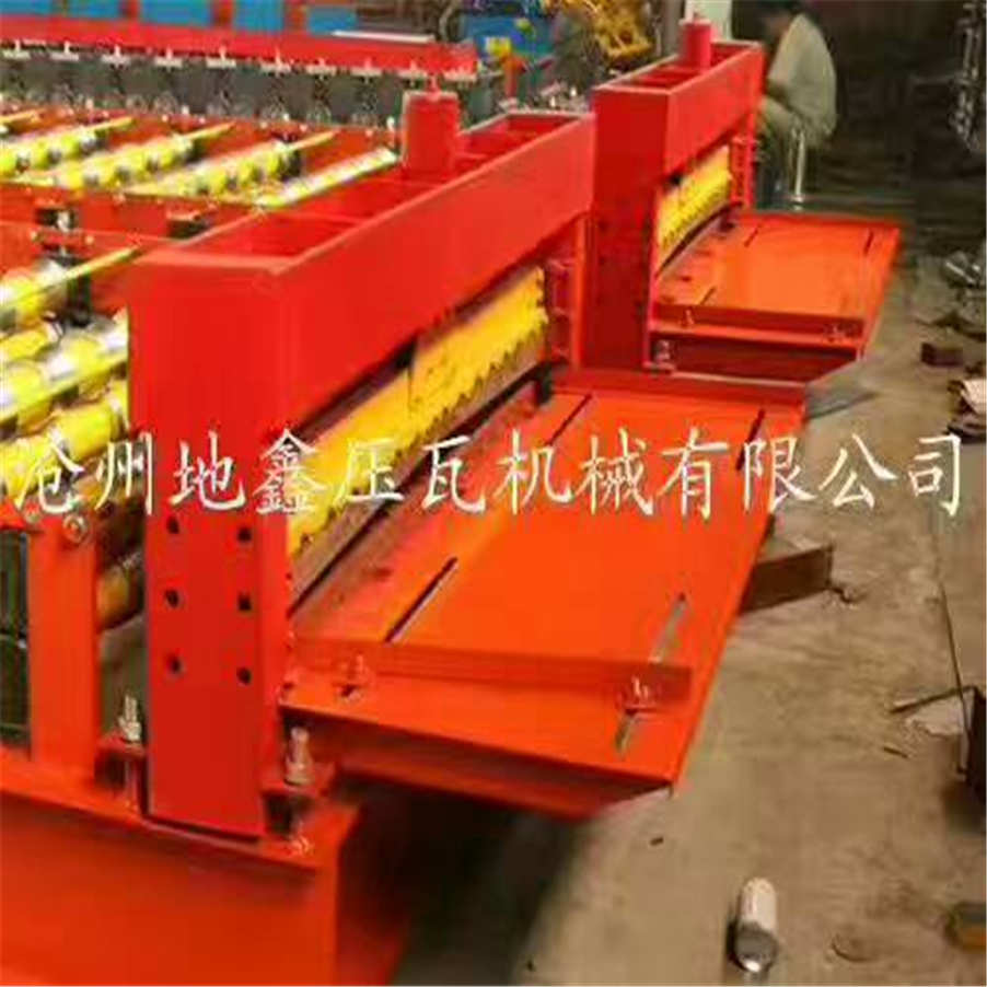 roof panel machine