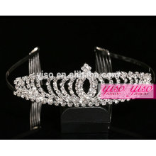 Corazones de encargo de la tiara del feliz cumpleaños de la moda