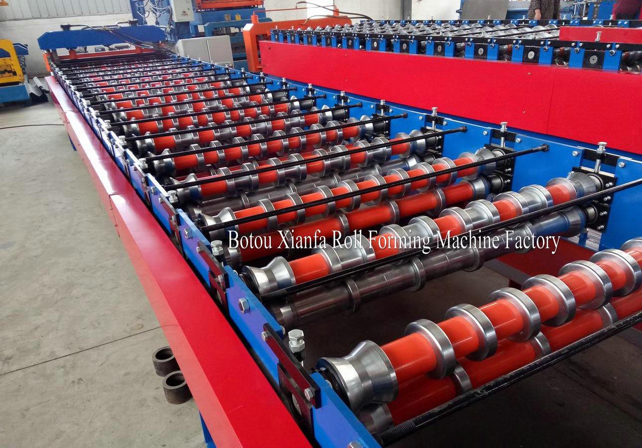 IBR panel roofing machine