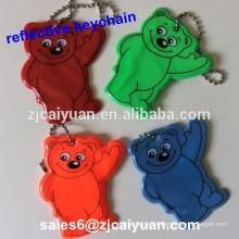 llavero reflectante oso para mochila