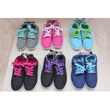 Neue Fasion Frauen Schuh Porzellan Großhandel Sneaker Schuhe Sportschuhe mit Injektion Außensohle
