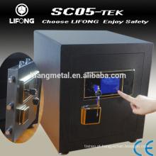 Cofre de alta segurança com sistema de bloqueio eletrônico