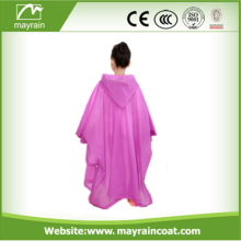 Design de moda Hot Ponket Poncho descartable