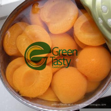 Haute qualité en conserve d'abricots au sirop léger