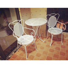 Hot Sale Antique White Foldable Table and Chairs