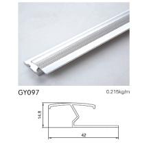 Отделка анодированного серебристого алюминия