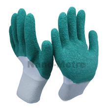 NMSAFETY utility scaffold latex gloves with lnterlock liner