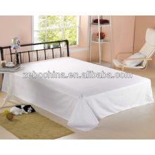 Luxury design 100% cotton 80S wholesale five star standard plain white hotel bed sheet