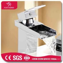 Cascade salle de bains lavabo robinet de haute qualité mélangeur de bassin robinet carré salle de bain bassin robinet