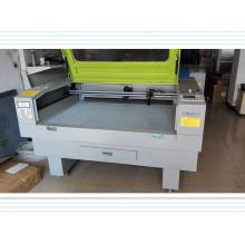 Máquina de corte a laser de alta velocidade da China para tecido