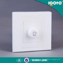 Uso del interruptor de atenuación Igoto para el hogar