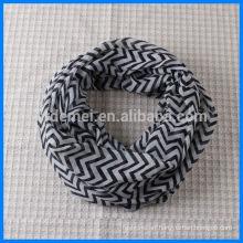 Lady polyester chevron infinity scarf wholesale