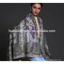 Mantón de seda de diseño delicado para señora
