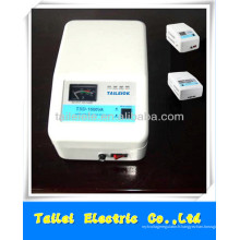 Régulateur de tension automatique TSD SVC 1000VA