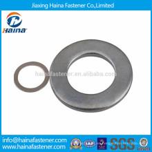 DIN125 JIS B 1256 arandela plana plancha de acero al carbono galvanizado en stock