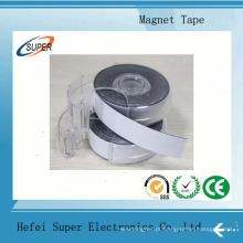 Fita magnética autoadesiva com dispensador