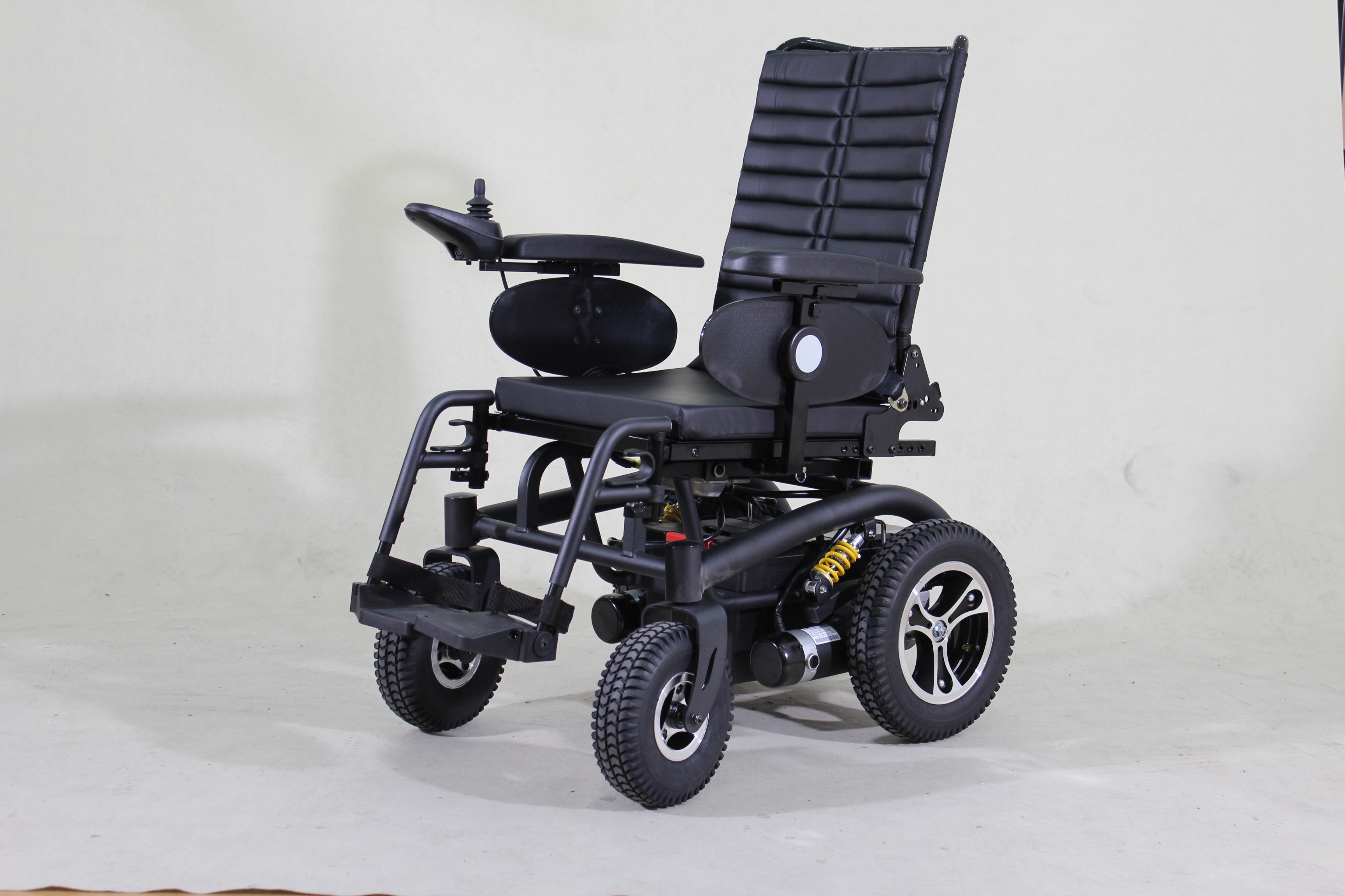 With Smart Wheelchair Car