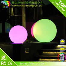 Bola flutuante da luz do diodo emissor de luz da mudança do RGB para a piscina