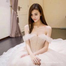 Sexy off-Shoulder Sheath Wedding Dress