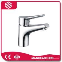 lavabo simple chrome robinet