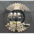 Настенные зеркальные часы нестандартной формы для украшения дома