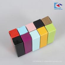boîte d'emballage cosmétique mat de rouge à lèvres de couleur avec son propre logo