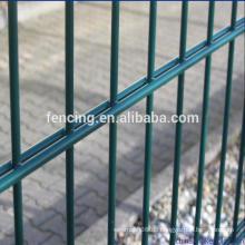 PVC / PE Tauchbeschichtung Doppelter Draht Zaun, Netz