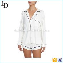 Collar de muesca redondeado para mujer traje de pijama de raso con dos juegos de pips
