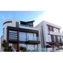 Алюминиевые двери и окна серебристо-белые