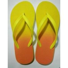 Der Slipper mit Gelb und Orange PVC + PE