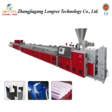 Machine de panneau d'UPVC, extrudeuse de bordage de PVC, chaîne de production de Decking de PVC