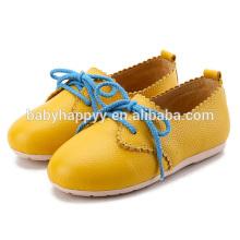 Красивые дети Кожа PU обувь Симпатичные цвета Изменение детей Повседневная обувь