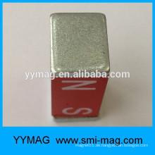 Rote Farbe magnete alnico Block