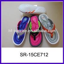 Popular zapatillas suaves todo tipo de pantuflas zapatillas de dormitorio zapatilla de moda