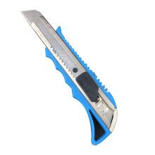 Couteau utilitaire à glissière rapide avec manche en plastique de 18 mm