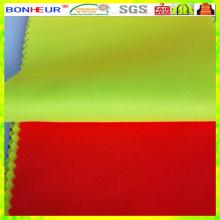 Neues wasserdichtes und atmungsaktives PU-Beschichtungsgewebe aus Polyester