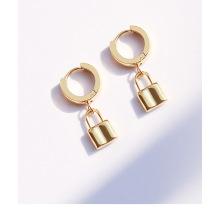 Custom design jewelry 18k gold plating drop earrings lock earrings