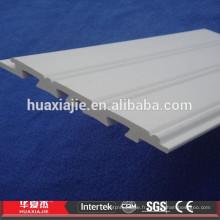 Panneaux de lambris décoratifs imperméables WPC / PVC pour intérieur et extérieur