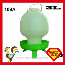 Plastic With 3 legs Ball Type Drinker 3L