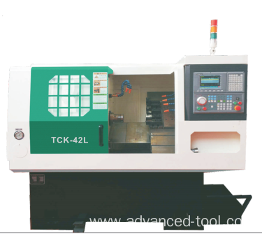 CNC Lathe With Hydraulic Chuck