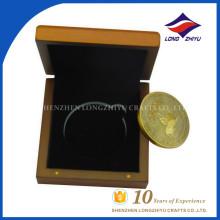 Такая красивая монетка сувенира использовать подарок использовать монету с хорошей деревянной коробкой