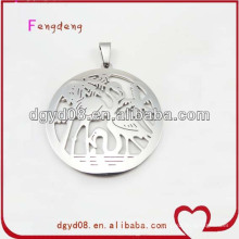 Stainless steel round shape flamingo pendant necklace