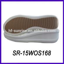 PU material dama gruesa sola zapatos planos dama gruesa sola zapatos casuales zapato suela