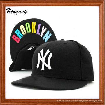 NY Caps mit Aufdruck unter Bill