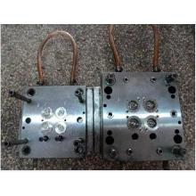 imagens de molde de motor automotivo
