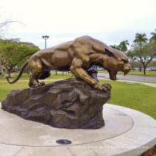Bronzeskulptur Panther-Puma-Maskottchenstatue