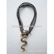 Venta caliente Lampwork cristal colgante collar Collar vidrio lampwork colgante de cristal murano con cera cuerda