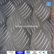 Forneça o tamanho personalizado 6063 folha de chapa de xadrez de alumínio