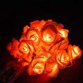 Batterie-Rosen-Blumen-Weihnachtsdorf führte Lichter